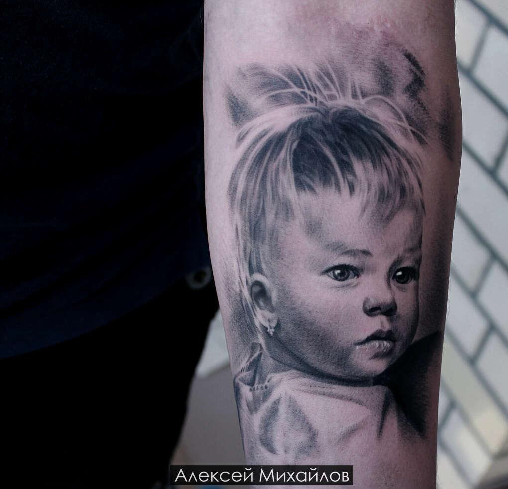 Тату портрет в стиле реализм, черно белые реалистичные татуировки - Алексей Михайлов мастер тату, тату салоны Екатеринбург