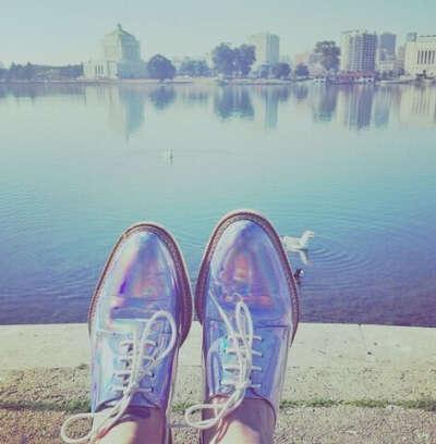 Обувь голограмма