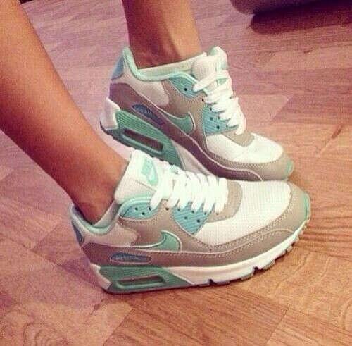 Nike*