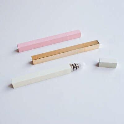 QUEUE Perfume Stick Roller White