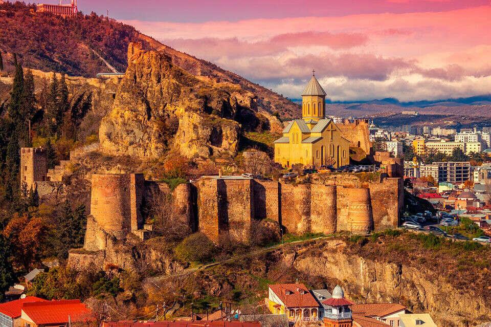 Побывать в Тбилиси