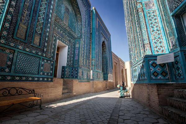 Побывать в Узбекистане