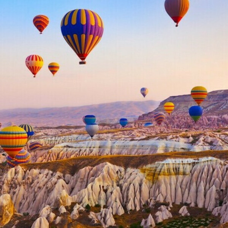 Покататься на воздушном шаре с любимым в Каппадокии