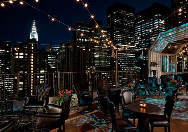 Поужинать в ресторане на крыше