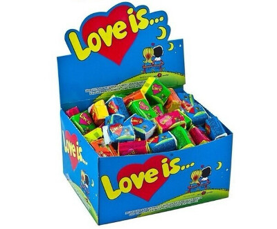 "коробка с жевачками ""Love is"""