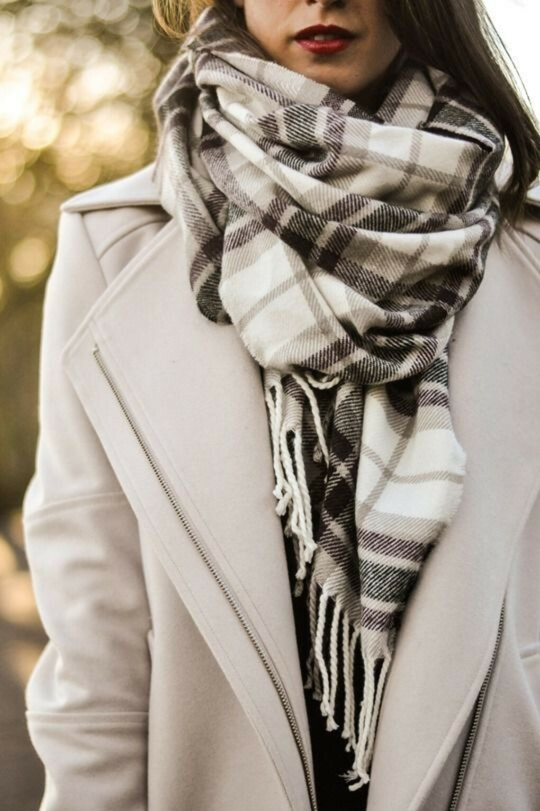теплый клетчатый шарфик