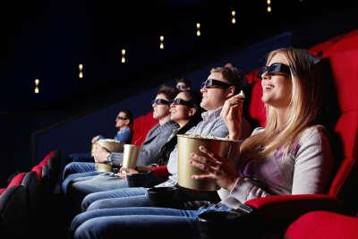 Хочу в кино с друзьями!!!