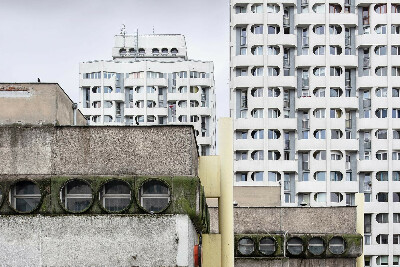 Brutal Poland : Build Your Brutalist Polish People's Republic - by Zupagrafika