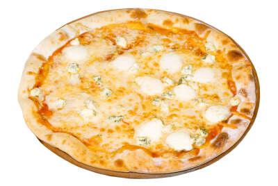 Пицца Четыре сыра в кафе Прего