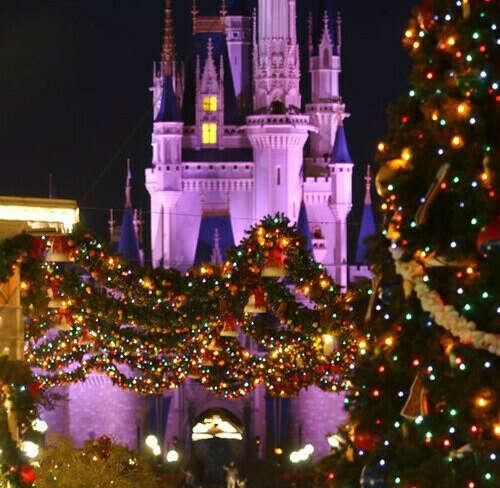 Хочу в Новогодний Диснейленд