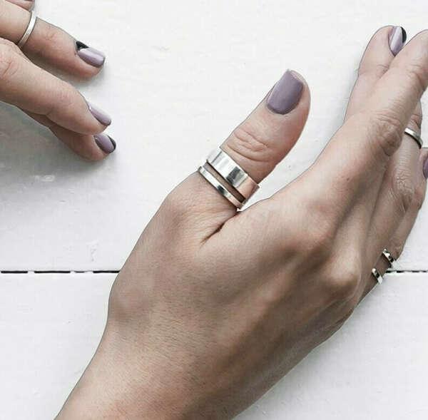 Широкое кольцо на большой палец
