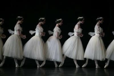 Сходить на балет