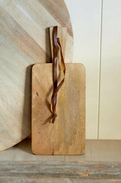 Большая красивая деревянная доска любой формы