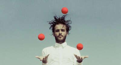 Научиться жонглировать