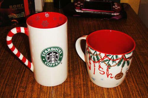 Рождественская кружка Starbucks