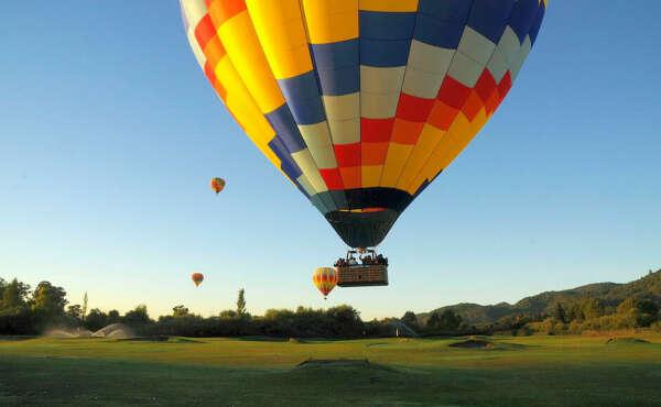 Fly on air balloon