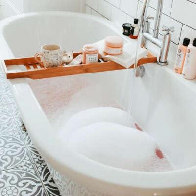 Столик для ванны