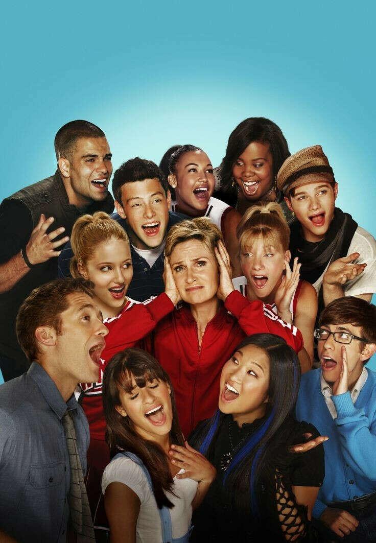 Пересмотреть Glee
