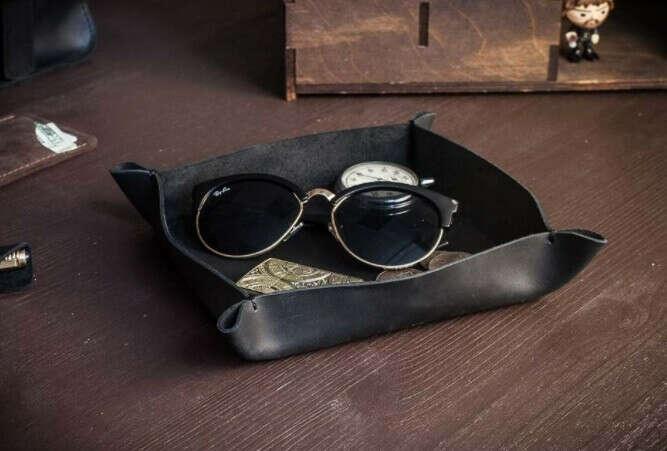 Настольный кожаный лоток органайзер -BASTION