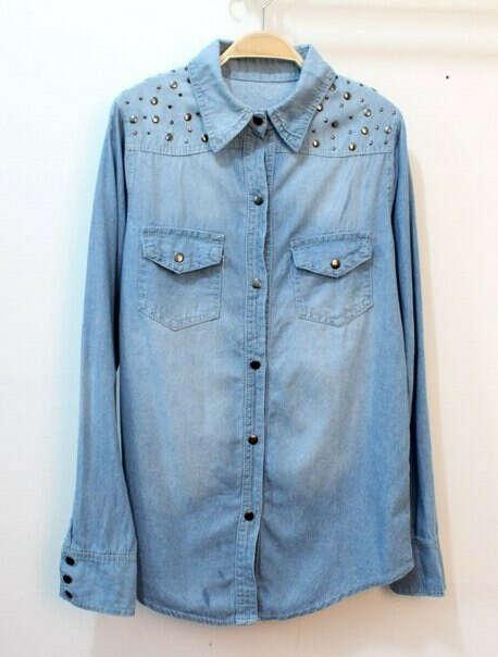 Рубашка джинсовая с заклепками