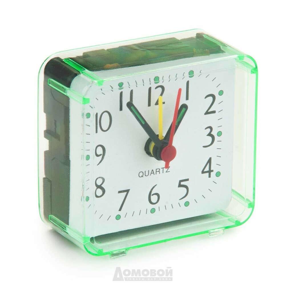 Маленькие настольные часы с циферблатом