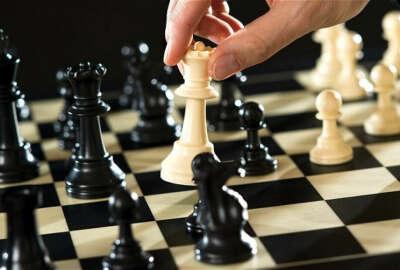 71. Научится играть в шахматы