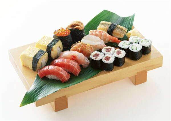 Научиться делать суши