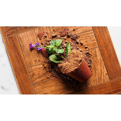 Попробовать десерт «Мамин любимый цветок» в ресторане CoCoCo в Питере