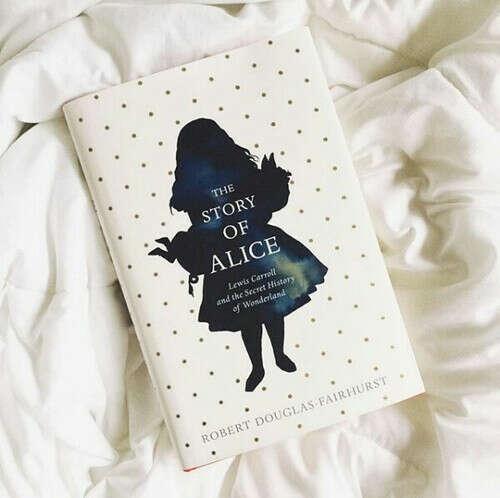 """"""" Алиса в Стране чудес """""""
