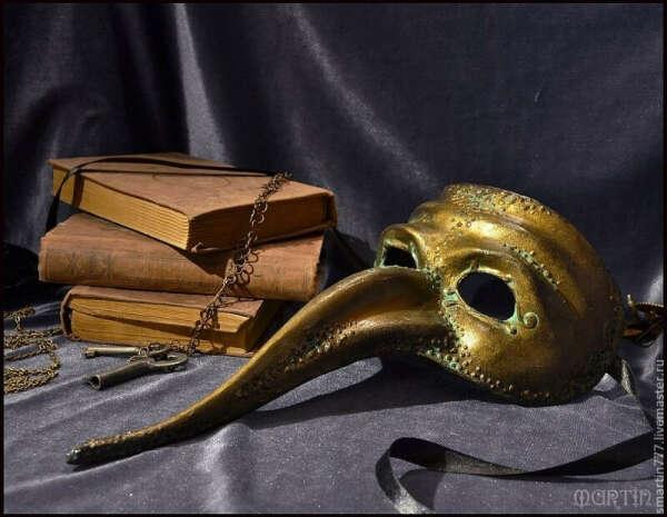 """Венецианская маска """"Нос турка"""""""