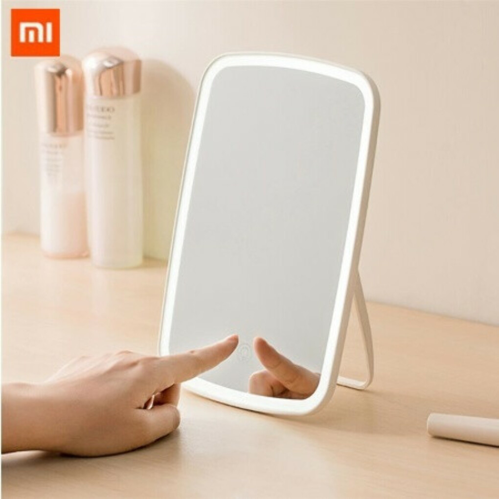Настольное зеркало для макияжа с подсветкой