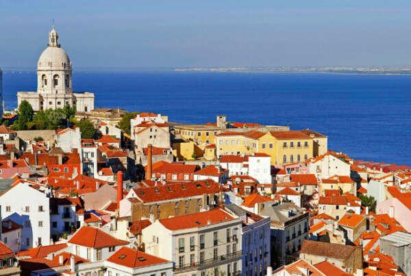 Поездку в Португалию