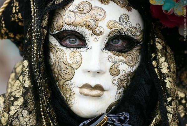 Побыть маской на Венецианском карнавале