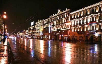 Гулять по ночному городу