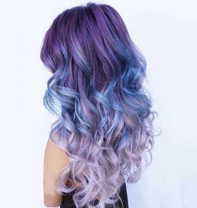 Покрасить волосы в сиреневый цвет