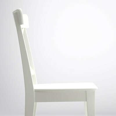 Пара крепких, белых, деревянных стульев