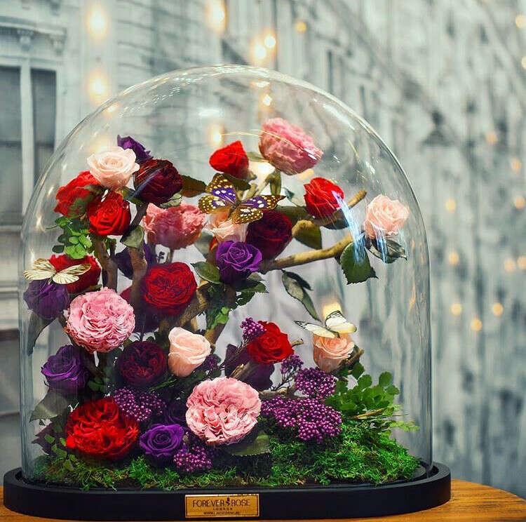 Вечный букет цветов (в вакууме)