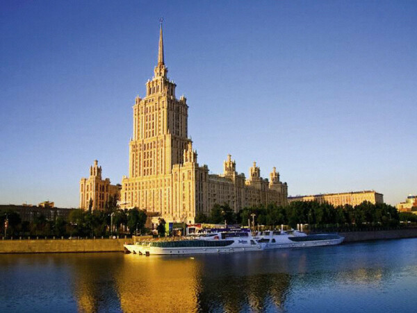На теплоходе по Москве реке