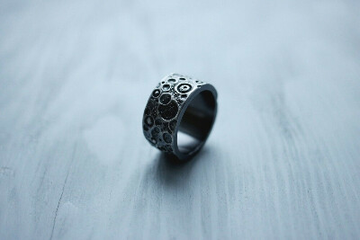 Dari Jewelry — «Dark moon» ring (wide)
