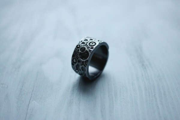 Dari Jewelry — «Dark moon» ring (wide)