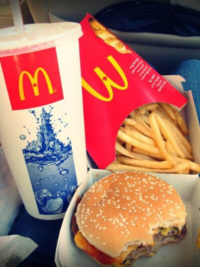Поесть в Макдональдс