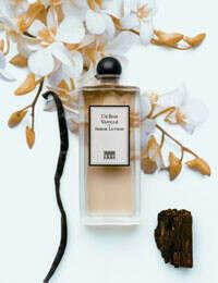 Духи с запахом ванили или мандаринок^^