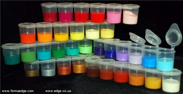 Много разных акриловых красок
