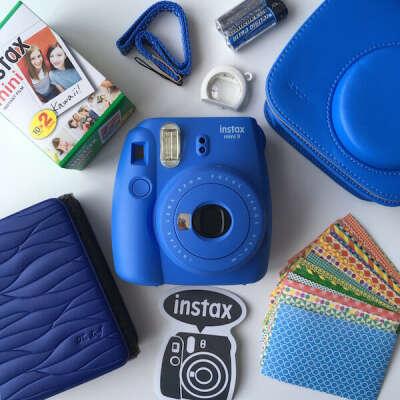Fujifilm Instax Mini 9 with tools