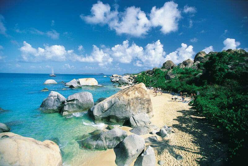 побывать на Карибах