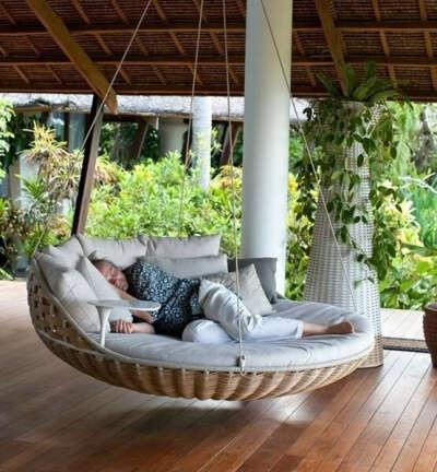 Такую кровать =)