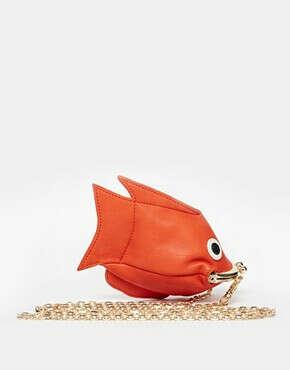 Кошелек в виде золотой рыбки на молнии ASOS
