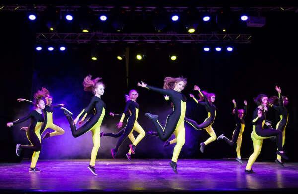 Собрать крутую творческую танцевальную группу.спб