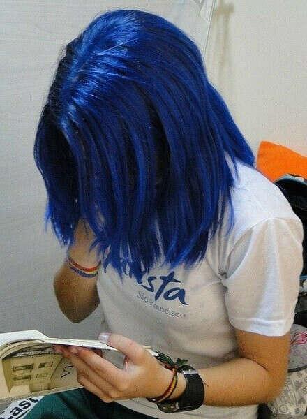 Хочу покрасить волосы в синий!