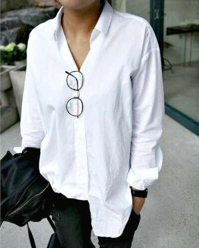 Красивая белая рубашка